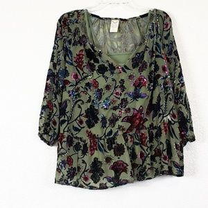 Faded Glory velvet Embroidered top